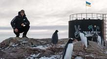 «Якщо хочеш стати справжнім полярником, маєш скупатися вокеані украватці». Історія сисадміна <nobr>25-ї</nobr> антарктичної експедиції