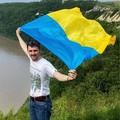 Екскурсія упустелю, дайвінг ісплави, підкорення Говерли. ЯкІТ-фахівці подорожують Україною