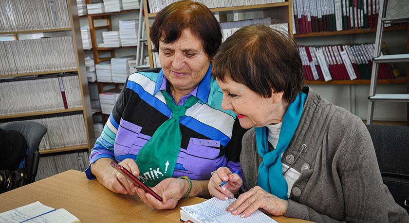 Одному из учеников - 91 год. Курсы компьютерной грамотности для людей старшего возраста в Харькове